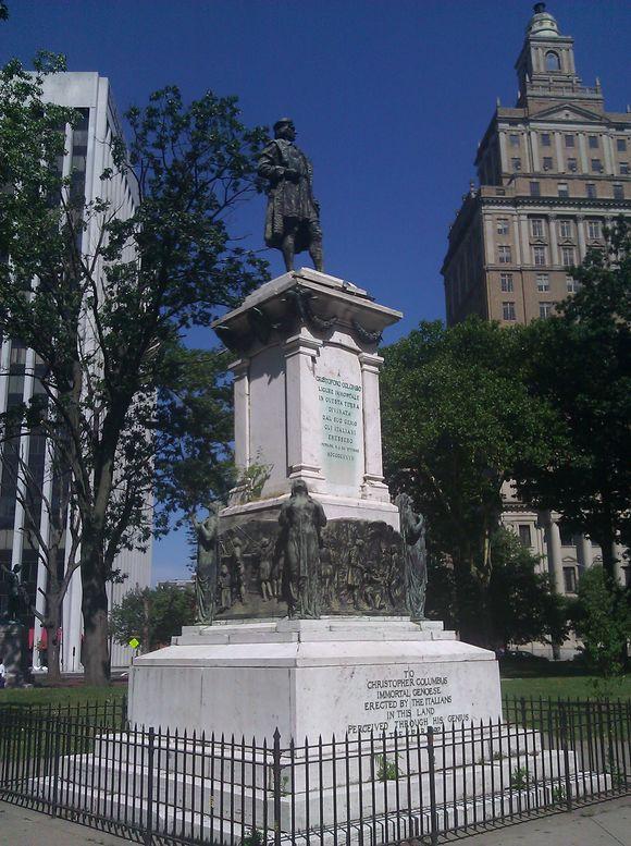 Christopher Columbus Statue Newark NJ.jpg