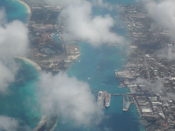 New Providence and Paradise Islands from the air.JPG