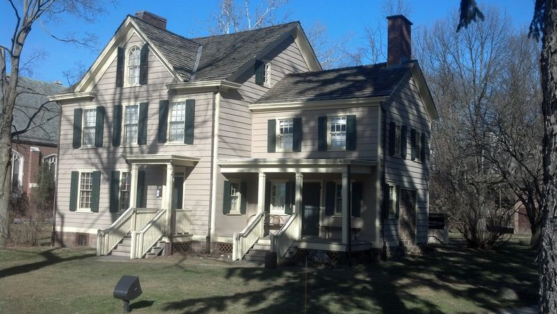 Grover Cleveland birthplace front
